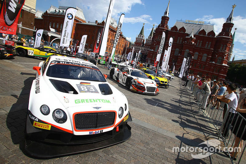 #83 Bentley Team HTP, Bentley Continental GT3: Max van Splunteren, Jules Szymkowiak