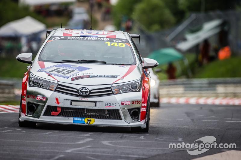 #149 Toyota Team Thailand, Toyota Corolla Altis: Suttipong Smittacharch, Nattavude Charoensukhawatan