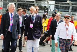 Prins Michael van Kent, met Jackie Stewart op de grid