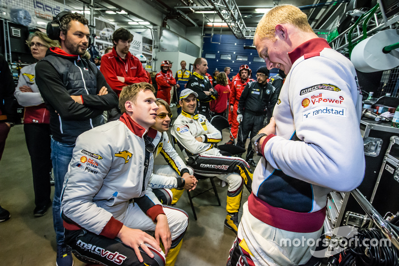 Marc VDS Racing: Maxime Martin witzelt mit Nicky Catsburg, Augusto Farfus und Jörg Müller