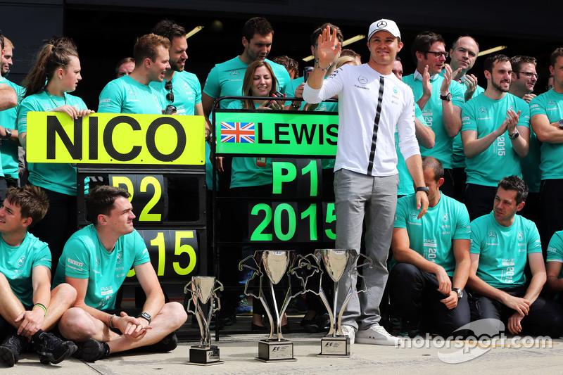 Ніко Росберг, Mercedes AMG F1 святкує друга позиція з командою