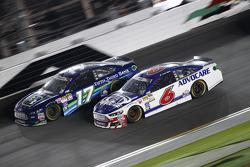 Ricky Stenhouse jr., Roush Fenway Racing, Ford, und Trevor Bayne, Roush Fenway Racing, Ford