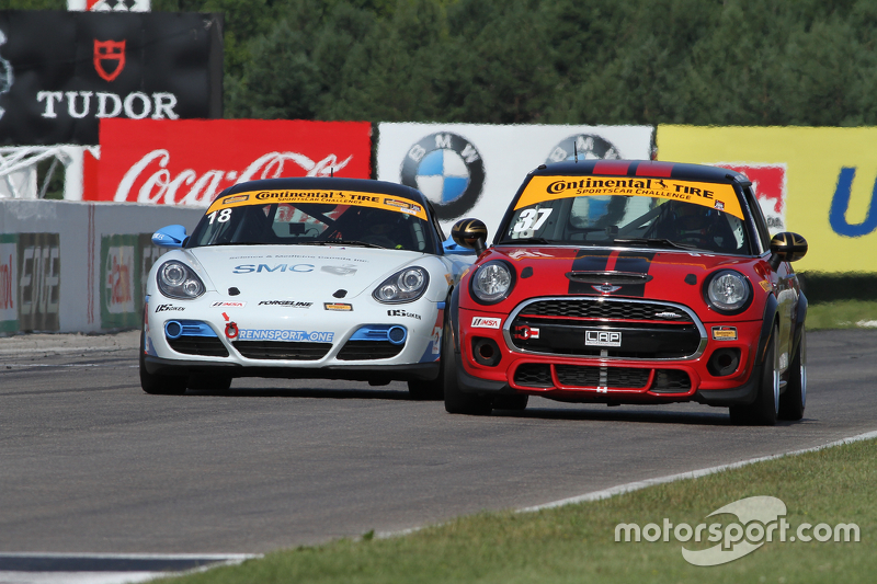 #18 RS1 Porsche Cayman: Jon Miller, Adam Isman dan #37 Mini John Cooper Works Team Mini JCW: Zach Meyer, Remo Ruscitti
