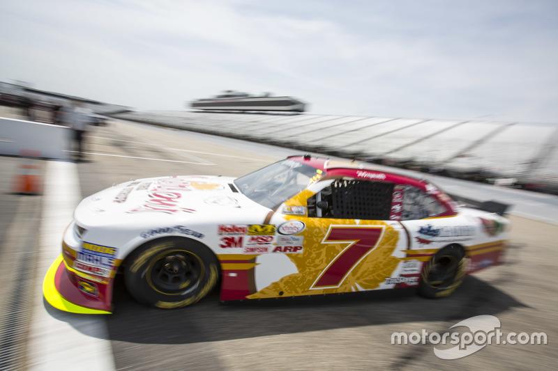 Regan Smith, JR Motorsports Chevrolet