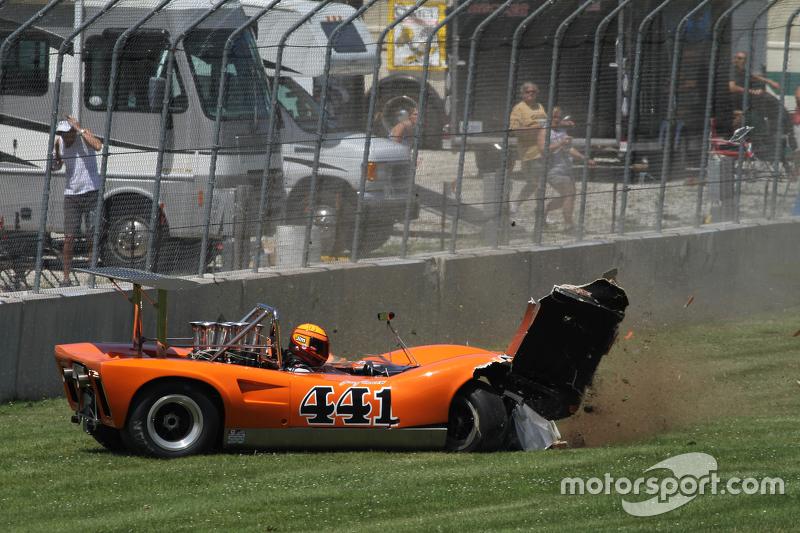 Kronologi Tabrakan Jim Ferro Lola T165 1970