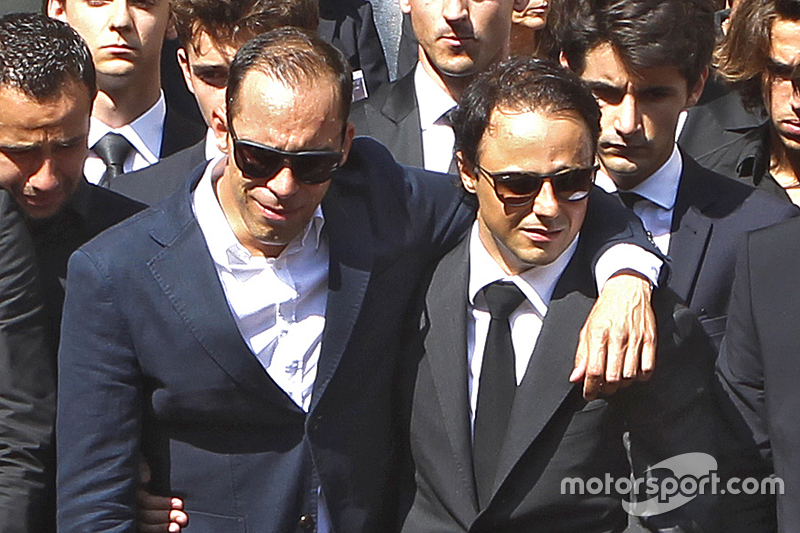 Пастор Мальдонадо та Феліпе Масса на похоронах Жуля Бьянкі в Ніці, Франція