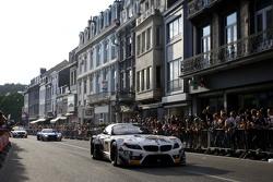 #888 Triple Eight Racing BMW Z4: Joe Osborne, Lee Mowle, Ryan Ratcliffe, Дірк Мюллер