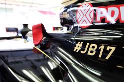 El Lotus F1 E23 lleva un homenaje a Jules Bianchi