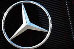 Mercedes Benz logo
