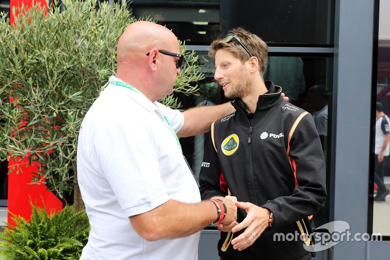 Philippe Bianchi, padre de Jules Bianchi, con Romain Grosjean