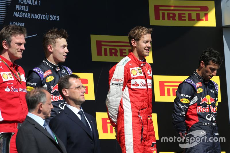 Daniil Kvyat, Red Bull Racing, Себастьян Феттель, Scuderia Ferrari та Даніель Ріккіардо, Red Bull Ra