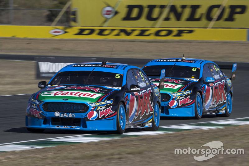 Mark Winterbottom, dan Chaz Mostert, Prodrive Racing Australia Ford