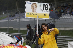 Gridgirl of Augusto Farfus, BMW Team RBM BMW M4 DTM