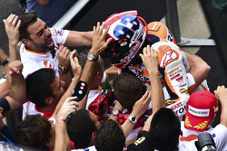 Marc Marquez, Repsol Honda Team, fête sa victoire