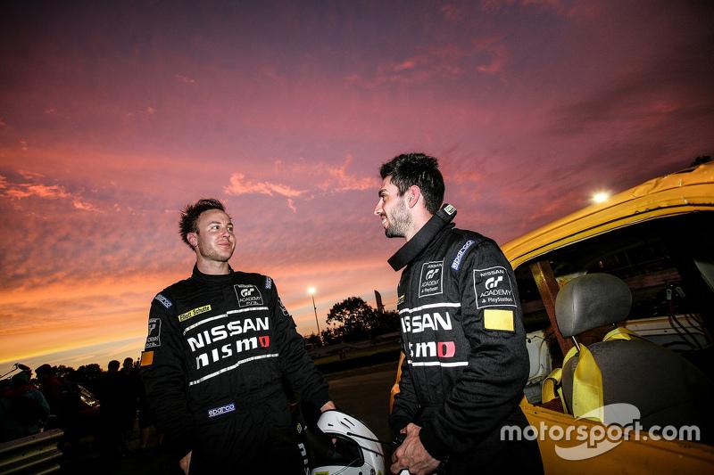 Nissan Micra Stock Car winners Elliott Schutte, dan Matthew Simmons