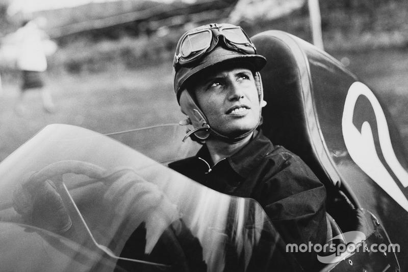 Maria Teresa de Filippis foi a primeira mulher a correr na F1. Entre as temporadas 1958 e 1959, ela tentou se classificar em 5 oportunidades, mas competiu em apenas três, conseguindo o 10º lugar na Bélgica em 58.