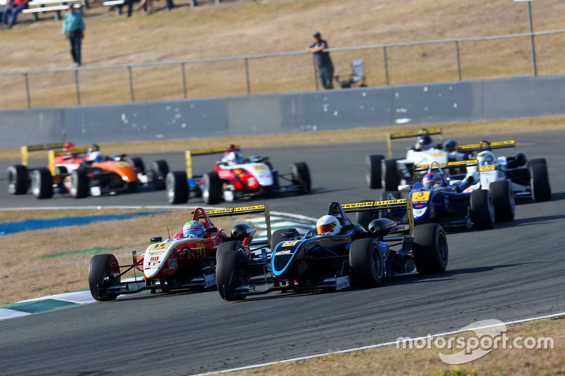 Kejuaraan F3 Australia di Queensland Raceway