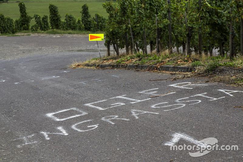 Sebuah pesan untuk Sébastien Ogier dan Julien Ingrassia