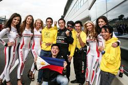 Jose Gerard Policarpio with gridgirls