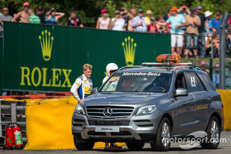 Marcus Ericsson, Sauber F1 Team crashed di second practice session