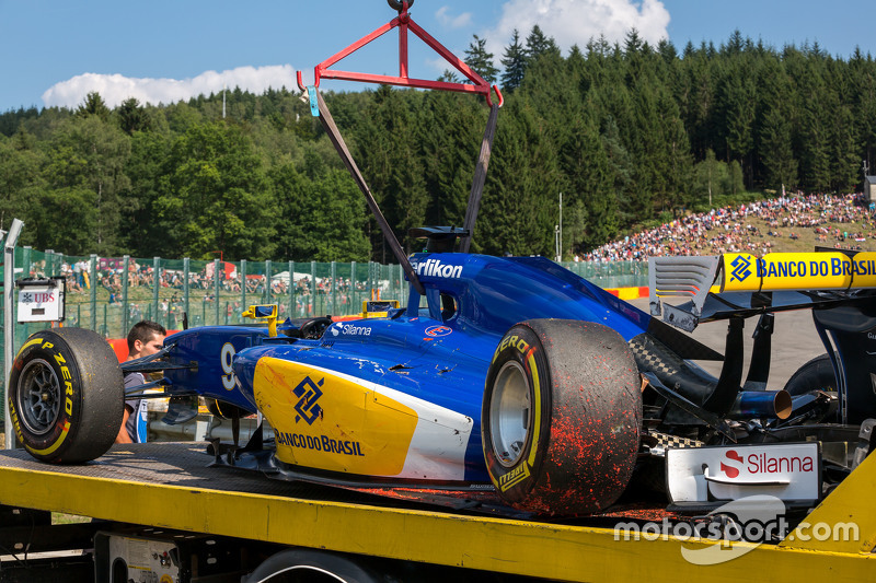 The damaged Sauber C34 of Marcus Ericsson, Sauber F1 Team after he crashed in the second practice session