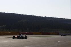 Luca Ghiotto, Trident lidera a Esteban Ocon, ART Grand Prix