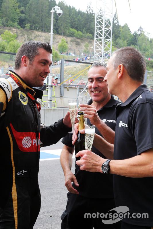 Lotus F1 Team viert derde plaats Romain Grosjean, Lotus F1 Team