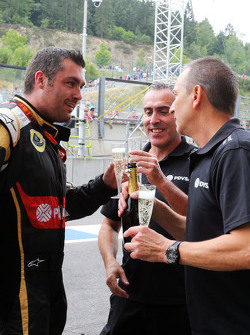 Lotus F1 Team celebrate third position for Romain Grosjean, Lotus F1 Team
