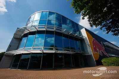 Red Bull Racing simülatör turu