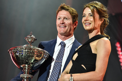 2015 champion Scott Dixon, Chip Ganassi Racing Chevrolet with wife Emma Davies