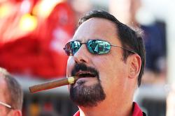 Руководитель команды Racing Engineering Альфонсо де Орлеан-Борбон