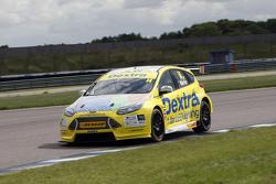 Алекс Мартін, Dextra Racing Ford Focus