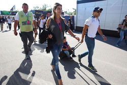 Felipe Massa, Williams with his wife Rafaela Bassi and son Felipinho Massa