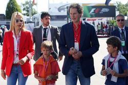 John Elkann, Vorsitzender von Fiat Chrysler, mit Frau Lavinia Borromeo