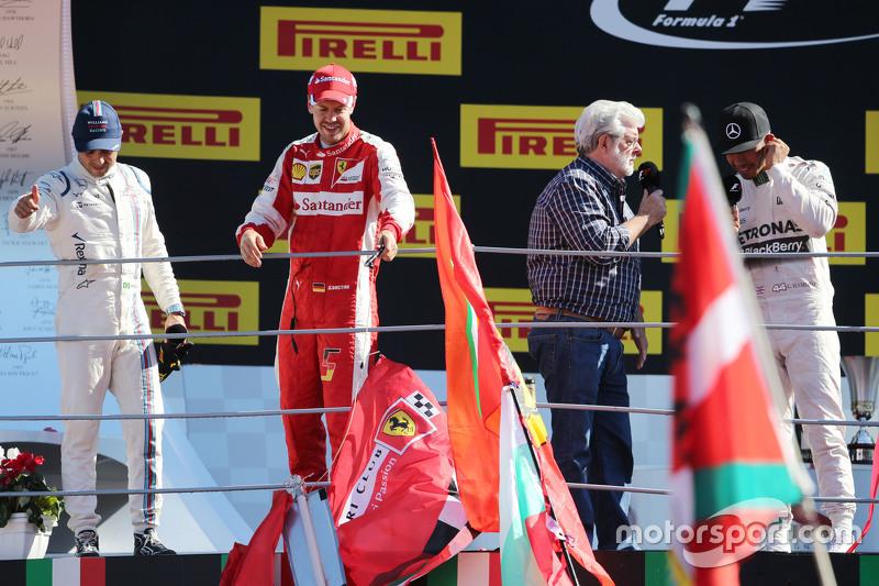 Podium: 2. Sebastian Vettel, Ferrari; 1. Lewis Hamilton, Mercedes AMG F1; 3. Felipe Massa, Williams