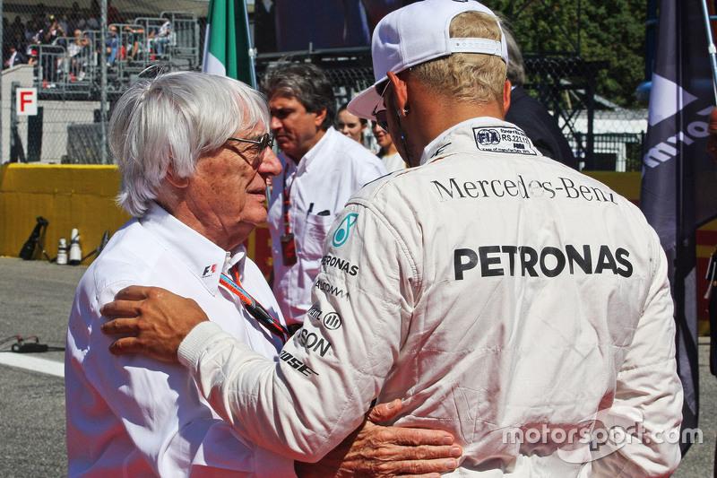 Bernie Ecclestone and Lewis Hamilton, Mercedes AMG F1 W06