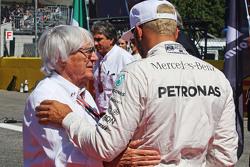 Bernie Ecclestone y Lewis Hamilton, Mercedes AMG F1 W06