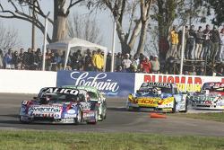 Емануель Моріатіс, Alifraco Sport Ford та Агустін Канапіно, Jet Racing Chevrolet та Хосіто ді Пальма, CAR Racing Torino