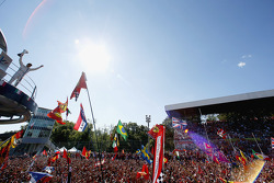 Podio: terzo posto Felipe Massa, Williams