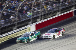 Mike Bliss y Kurt Busch, Stewart-Haas Racing Chevrolet
