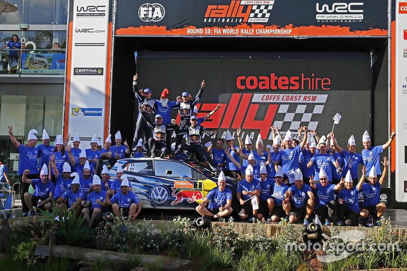 1. und Rallye-Weltmeister 2015: Sébastien Ogier und Julien Ingrassia; 2. Jari-Matti Latvala und Miik