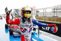 Ganador de la Carrera Ben Barnicoat, Fortec Motorsports