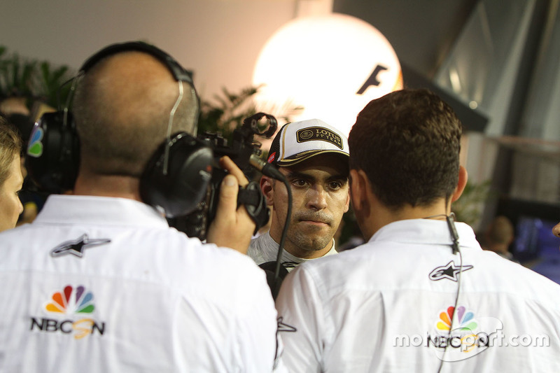 Pastor Maldonado, Lotus F1 Team, mit Will Buxton, NBC Sports Network