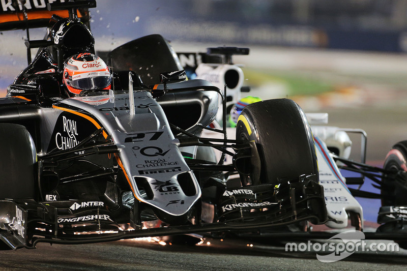 Nico Hulkenberg, Sahara Force India F1 VJM08 et Felipe Massa, Williams FW37, se touchent durant la course