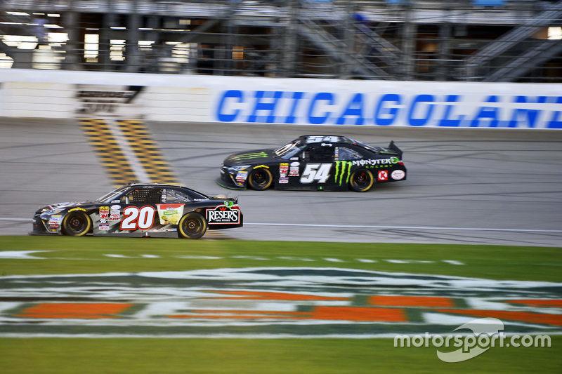 Matt Kenseth, Joe Gibbs Racing Toyota ve Kyle Busch, Joe Gibbs Racing Toyota
