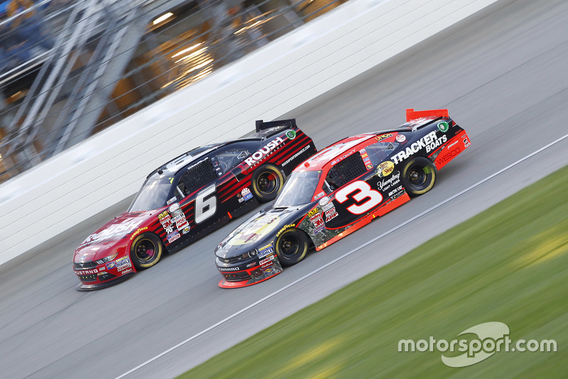 Ty Dillon, Richard Childress Racing Chevrolet and Darrell Wallace Jr., Roush Fenway Racing Ford