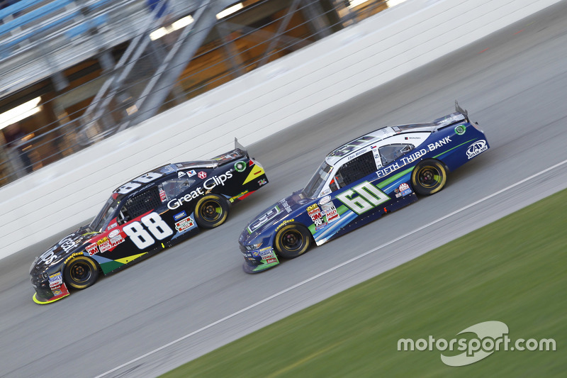 Chris Buescher, Roush Fenway Racing Ford and Kasey Kahne, JR Motorsports Chevrolet