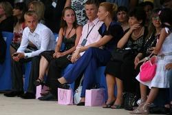 Amber Fashion: Heikki Kovalainen, Renault F1 Team