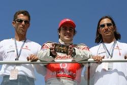 Fernando Alonso, McLaren Mercedes with a golden F1 Car
