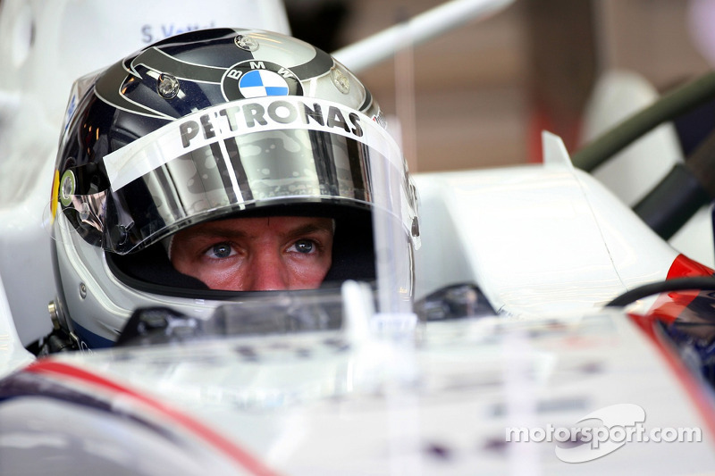 Себастьян Феттель, тест-пілот, BMW Sauber F1 Team, в боксах